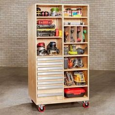 Woodworking Shop super-capacity tool cart - Roll it to your work zone for instant access; park it in a corner for space-saving storage. Garage Tool Storage, Workshop Storage, Garage Tools, Garage Organization, Workshop Ideas, Storage Room, Garage Workbench, Storage Cart, Organization Ideas