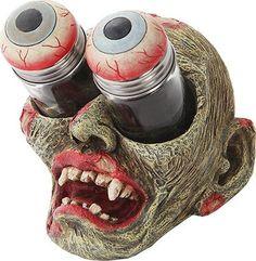 Zombie Gouging Eyes Salt & Pepper Shaker