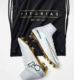 Cristiano Ronaldo estrena con gol sus nuevas botas Nike Mercurial Superfly  Vitórias Nike Football 738471eaabe