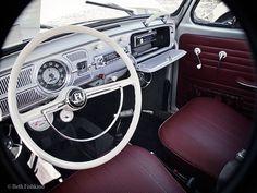 Volkswagen Beetle 1966 dashboard