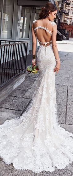 Amazing Tulle & Lace V-neck Neckline Cut-out Back Mermaid Wedding Dress With Lace Appliques & Beadings