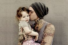 tattooed daddy and baby <3