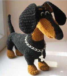 Cutest Crochet Doxie Ever! ~ (I can't locate it on the link)Handarbeit - Amigurumi / Mochimochi u. Cute Crochet, Crochet Crafts, Crochet Dolls, Yarn Crafts, Crochet Projects, Crochet Baby, Knit Crochet, Dog Crafts, Amigurumi Patterns