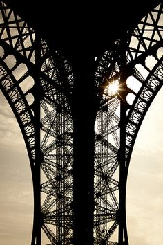 "Tour Eiffel by Ludek ""Sagi"" Lukac on 500px"