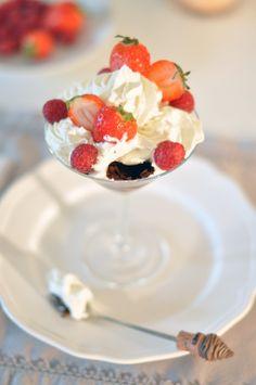 mousse chocolat pralinoise 16 strawberry raspberry recipe dessert