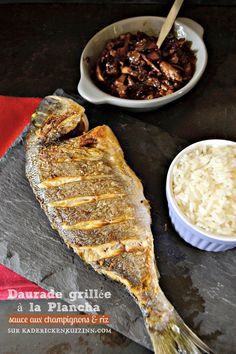 Grilled seabream or grilled wild sea bream sauce bordelaise and rice on kaderickenkuizinn . - Pctr UP Sauce Bordelaise, Comida Keto, Food Porn, Smoking Recipes, Pub Food, Food Concept, Fish Dishes, Fish And Seafood, Cooking Time