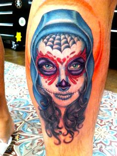 Dia de los Muertos by Megan Massacre // I'm not much into the Day of the dead stuff, but I really, really love Megan's portraits. I think they're really difficult to master, but she does any excellent job