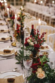 — Mode and The City - - Je vous raconte notre mariage ! — Mode and The City. Winter Wedding Ceremonies, Winter Wedding Decorations, Christmas Table Decorations, Wedding Themes, Wedding Colors, Winter Weddings, Holiday Wedding Ideas, Christmas Wedding Centerpieces, Winter Centerpieces