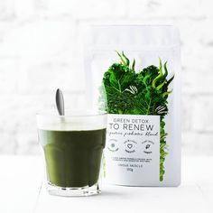 GREEN DETOX - TO RENEW by Unique Muscle is a super healthy, super greens blend designed to have you feeling energised and revitalised, a brand new you! Helping with any digestive problems and improving overall gut health! Barley Grass, Pantothenic Acid, Super Greens, Everyday Food, How To Increase Energy, Herbal Medicine, Natural Flavors, Vitamins And Minerals, Vegan Friendly