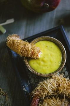 Mango sauce, the recipe by Sonia Peronaci - Mango sauce: the to the it is a perfect accompaniment to your dishes: try it and you - Raw Food Recipes, Asian Recipes, Appetizer Recipes, Vegetarian Recipes, Cooking Recipes, Hummus, Pesto, Chimichurri, Vegan Runner