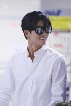 ♣ Park Hyung Sik 박형식 Official Thread ♣ - Page 32 - actors & actresses - Soompi Forums Asian Actors, Korean Actors, Korean Idols, Korean Dramas, Korean Men, Asian Men, Strong Girls, Strong Women, Lee Hyun Woo