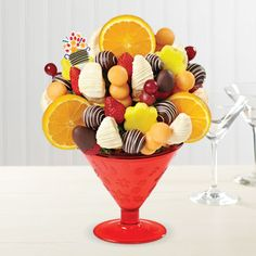 NEW! ORANGES & CREAM-TINI™ DIPPED STRAWBERRIES Product Code: 4095 Shown: One Size