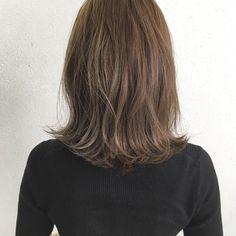 ナチュラル ロブ 波ウェーブ セミロング|totti hair design 木下裕貴 401882【HAIR】 Church Hairstyles, Bob Hairstyles, Hair Images, Hair Looks, Hair Inspo, New Hair, Short Hair Styles, Hair Makeup, Hair Cuts