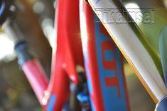 "Pivot Firebird ""red eagle"" custom - custom bike by www.bikeinsel.com  #Pivot #Firebird #bikeinsel #SramEagle #Foxracingshox #Hope Firebird, Custom Bikes, Eagle, Outdoor Decor, Red, Eagles, Custom Motorcycles, The Eagles, Custom Bobber"