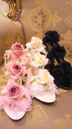 Ivory, pink, and black heels with flowers & lace from himegyaru brand Jesus Diamante.