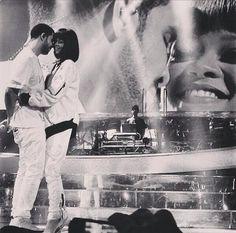 Robyn Rihanna Fenty - Rihanna performing with Drake at Bercy Arena in. Rihanna Daily, Rihanna And Drake, Celebrity Infinity, Aubrey Drake, True Romance, Bad Gal, Rihanna Fenty, Black Love, Couple Pictures