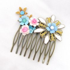 Vintage Bridal Hair Comb with pink and blue kawai flowers - Collage Wedding Hair Piece on Etsy, 198,53 kr
