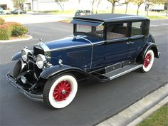 Blue/Black 1929 Cadillac 4 Door Sedan  - Costa Mesa CA - 336776A0000000000 (18)