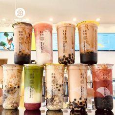 Bubble Tea Menu, Food Hub, Vietnamese Dessert, Cute Desserts, Weird Food, Food Places, Cafe Food, Milk Tea, Food Cravings