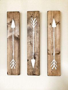 La valeur rustiques flèches en bois blancs 3 par cherrytreegallery