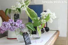 good for any holiday Chalkboard Tags, Chalk Design, Mothers Day Crafts, Easy Crafts, Glass Vase, Diy Projects, My Style, Simple, Holiday