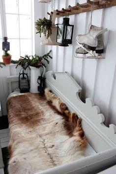 Vintage House: reindeer skin