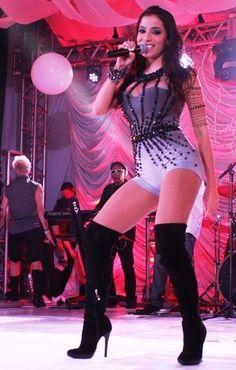 Veja imagens da funkeira Anitta - BOL Fotos - BOL Fotos