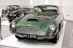 Aston Martin DB4GT Superleggera | 1 of 75 Más