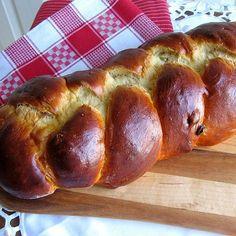 Bohemian-Czech Braided Egg Bread Recipe - Traditional Recipe for Bohemian-Czech Houska Bread