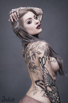 Ryan Ashley Malarkey: Ink Master's First Lady Ryan Ashley Malarkey, Tattoo Girls, Girl Tattoos, Tattoos For Women, Tatoos, Tattooed Women, Tattoos Skull, Hot Tattoos, Body Art Tattoos