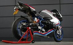 BMW HP2 Sport. The pinnacle of the air-cooled boxer motor in sportbike configuration.
