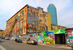 5Pointz: 50 Beautiful HQ Photos Of The NYC Graffiti Landmark | The Roosevelts