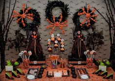 #Halloween dessert table
