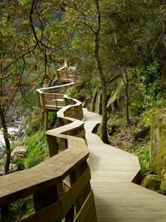 Check out this hip photo - what an innovative style and design Landscape Stairs, Landscape Architecture Design, Green Landscape, Promenade Architecturale, Arouca Portugal, Portugal Destinations, Forest Path, Pedestrian Bridge, Urban Furniture