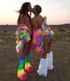 This photo makes us happy! Wearing our Rainbow Sherbet Tie Dye Nipztix Festival Gear, Music Festival Outfits, Festival Looks, Festival Fashion, Festival Style, Rainbow Butterfly, Love Rainbow, Rainbow Sherbet, Burning Man Girls