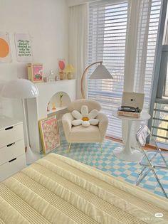 Room Design Bedroom, Room Ideas Bedroom, Home Room Design, Bedroom Decor, Bedroom Inspo, Pastel Room, Cute Room Decor, Study Room Decor, Indie Room