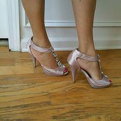 Pink satin heels Pink satin Hills has little mark on the back Steve Madden Shoes Heels
