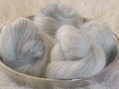 Natural Lincoln Longwool/Black Mohair wool cake blend, spinning