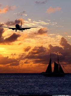 Caribbean Airlines -Boeing 737-8... - Both sailing before a beautiful Caribbean sunset....