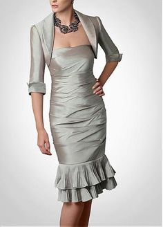 Elegant Taffeta sheath knee-length Mother of the Bride Dress