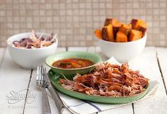 Wondering how to make pulled pork that falls apart beautifully? Low and slow cooking is the answer! Our Syn-free BBQ pulled pork is brilliant in a butty Pulled Pork Slimming World, Slow Cooker Slimming World, Slimming World Dinners, Slimming World Recipes Syn Free, Slow Cooker Gammon, Slow Cooker Bbq, Slow Cooker Recipes, Cooking Recipes, Healthy Recipes