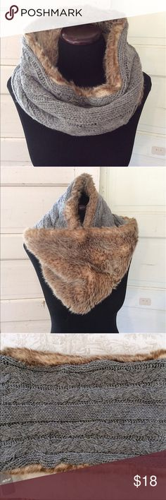 Aerie, American Eagle faux fur snood scarf Beautiful faux fur snood scarf by aerie. NWT aerie Accessories Scarves & Wraps