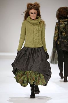 Grundahl ~ of course the hair and makeup are a tatty mess, but I like the skirt and sweater combo very much.
