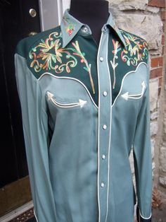 1950s Vintage Embroidered California Western Shirt. $95.00, via Etsy.
