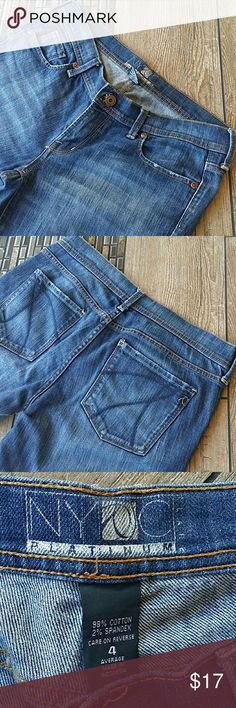"""🎀NY & CO BLUE JEANS🎀 Faded look blue jeans Platinum series Manufactured fraying on side pockets No rips, holes or stains Inseam is 31.5"""" Smoke free home New York & Company Jeans"""