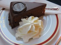The history of the Sacher Cake begins in when Prince Metternich ordered his personal chef to create a special dessert. The result was the Sacher Cake. German Desserts, Desserts To Make, Food Cakes, Austria Food, Vienna Austria, Basque Cake, Cake Original, Deutsche Desserts, Plats Healthy