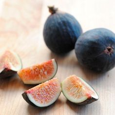 Care for a Fig?  10 Delicious Things to Do with Fresh Figs  — Ingredient Spotlight