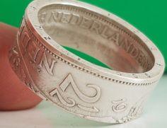 Ring uit zilveren Juliana rijksdaalder uit 1963 in maat 20.