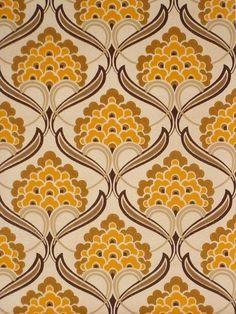 バロック様式の幾何学的なデザインとレトロな壁紙