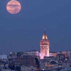 Good night Istanbul 😴️ Sweet dreams ✨️